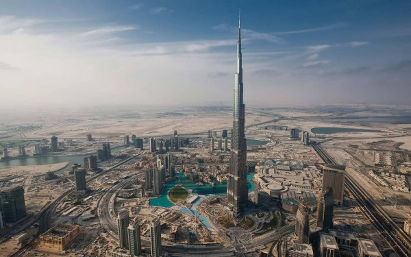 UPDATED: How the Burj Khalifa was built (including design, foundations, cladding and urban myths)